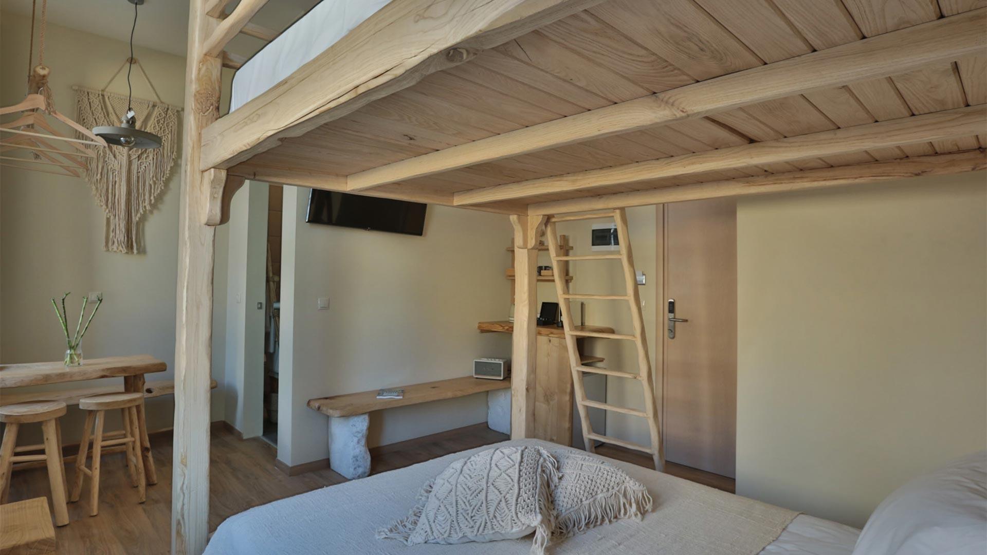 Bedroom of Olivia room