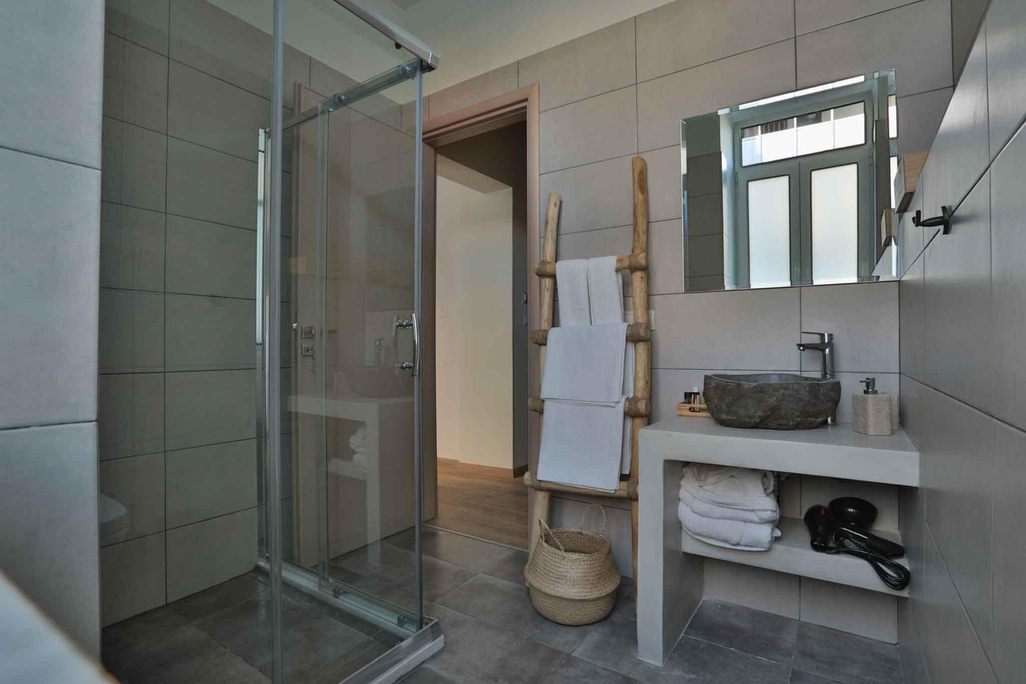 Hotel_room_Allegra_02