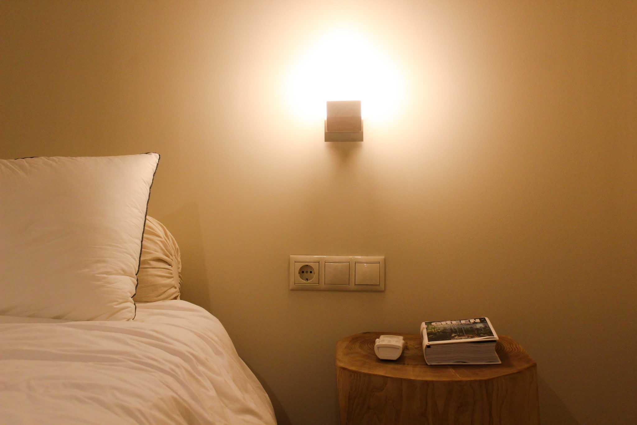Hotel_room_Flora_02