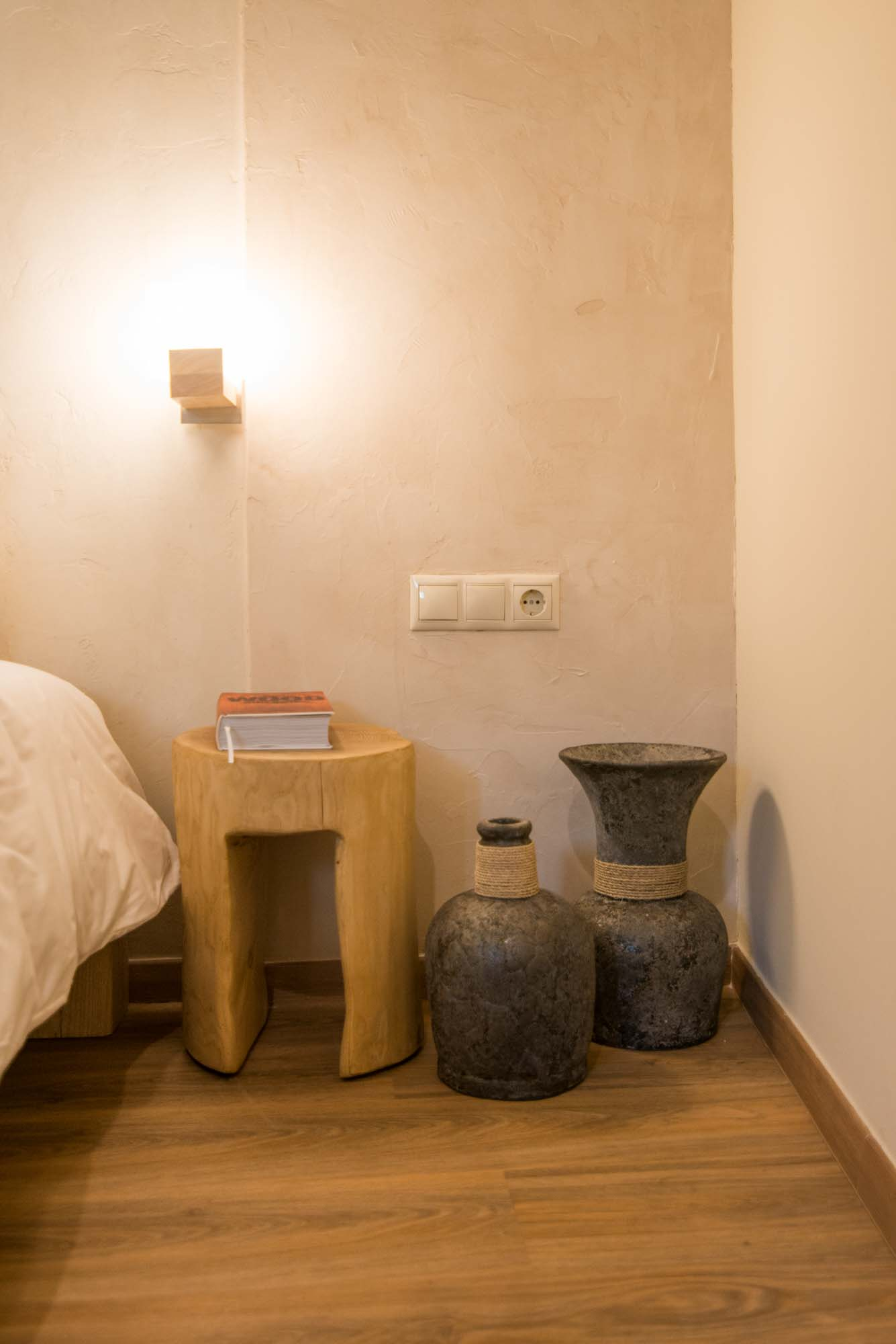 Hotel_room_Luna_10