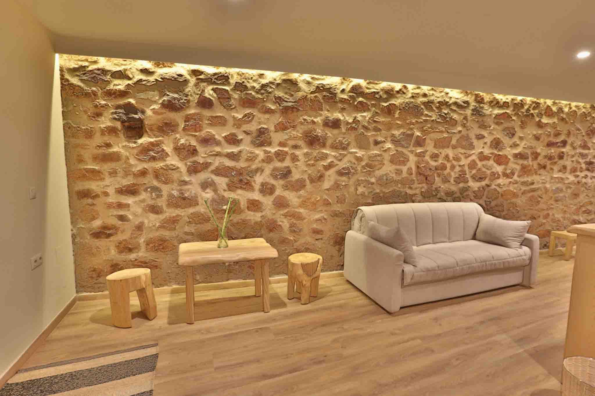 Hotel_room_Maira_04