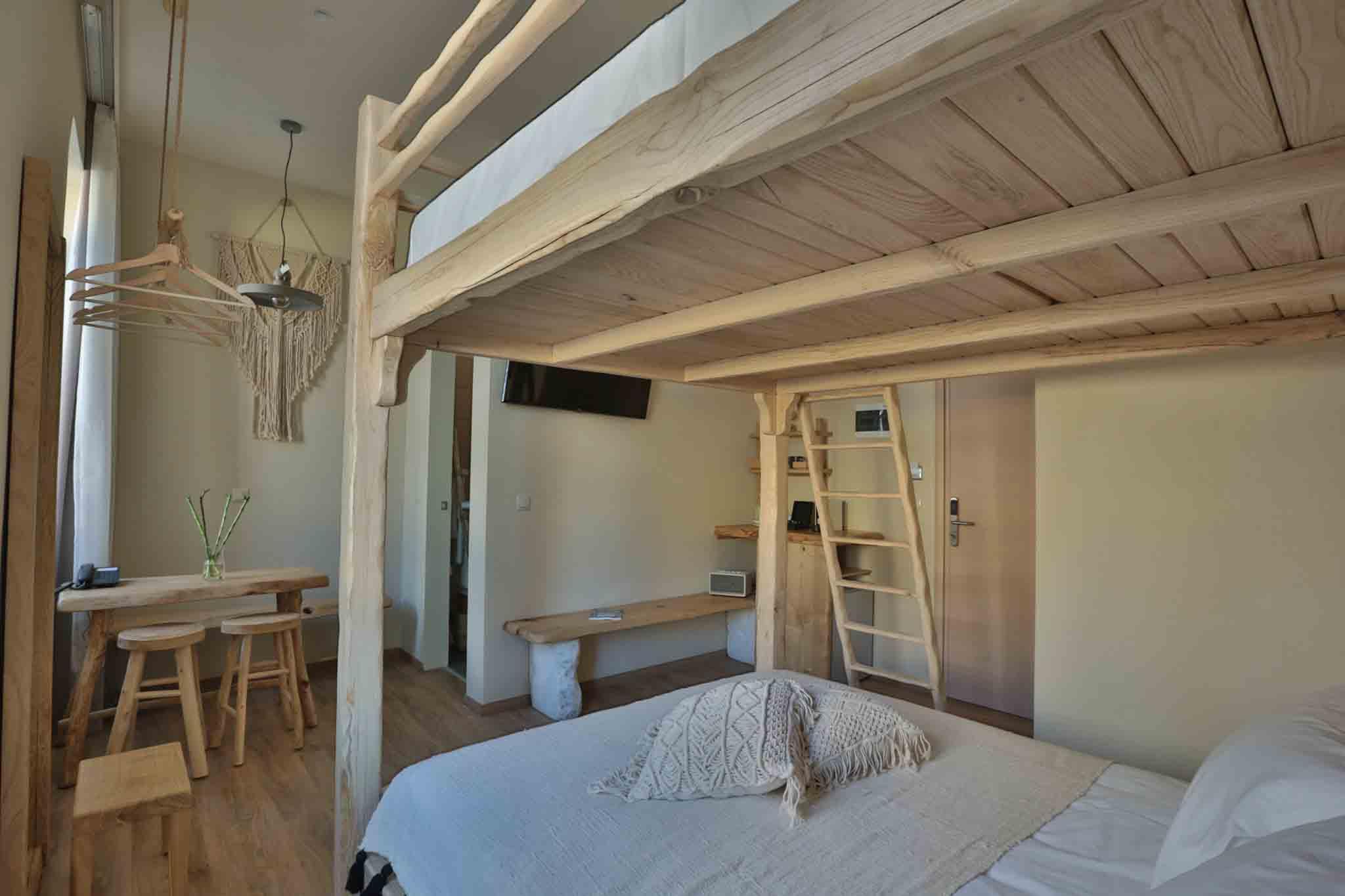 Hotel_room_Olivia_02