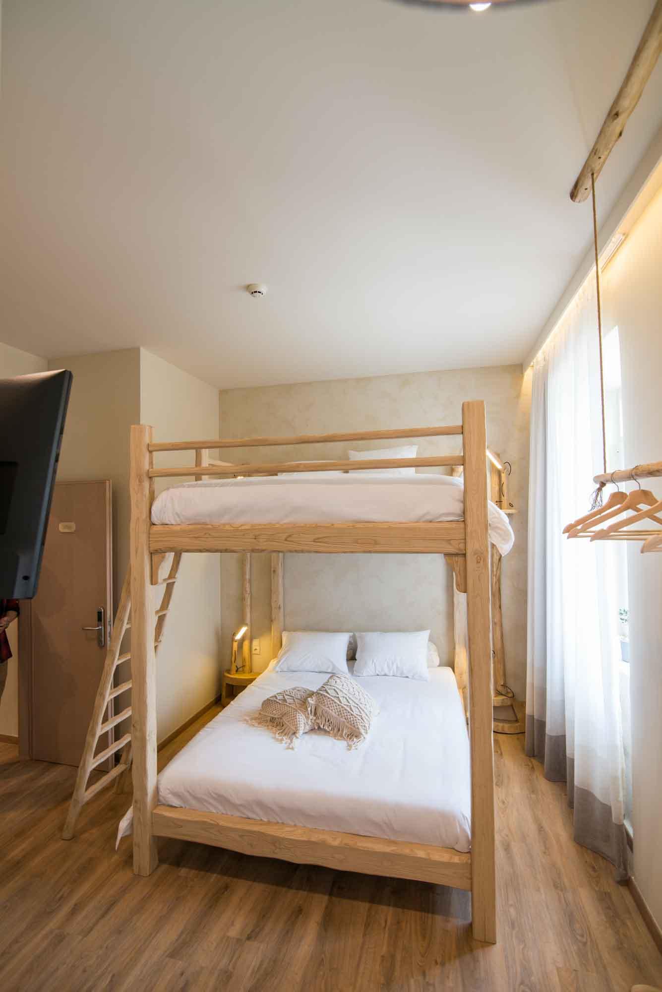 Hotel_room_Olivia_14