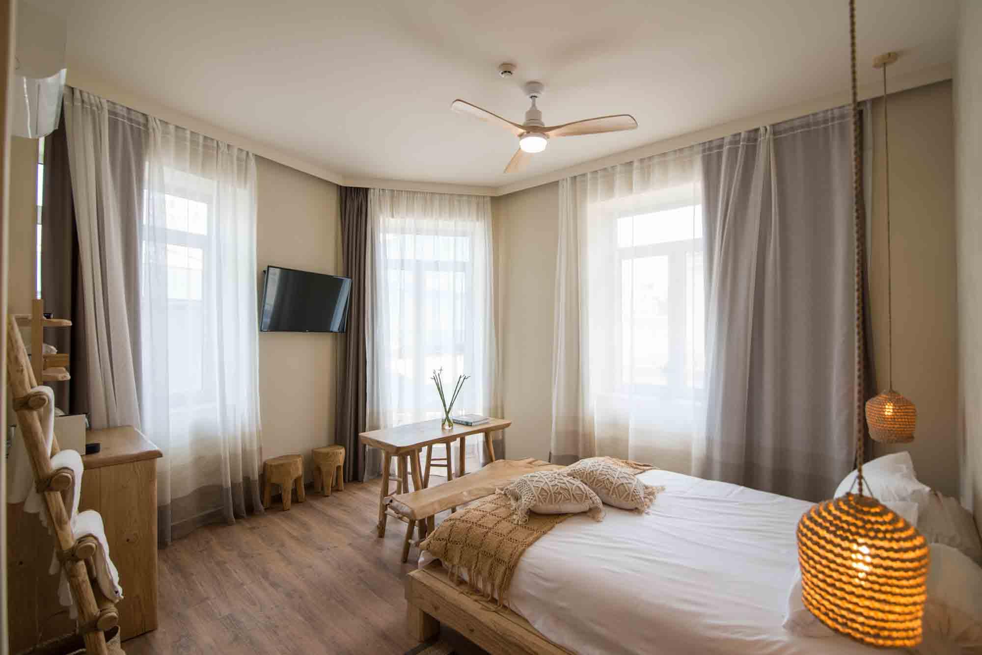 Hotel_room_Smaragda_03